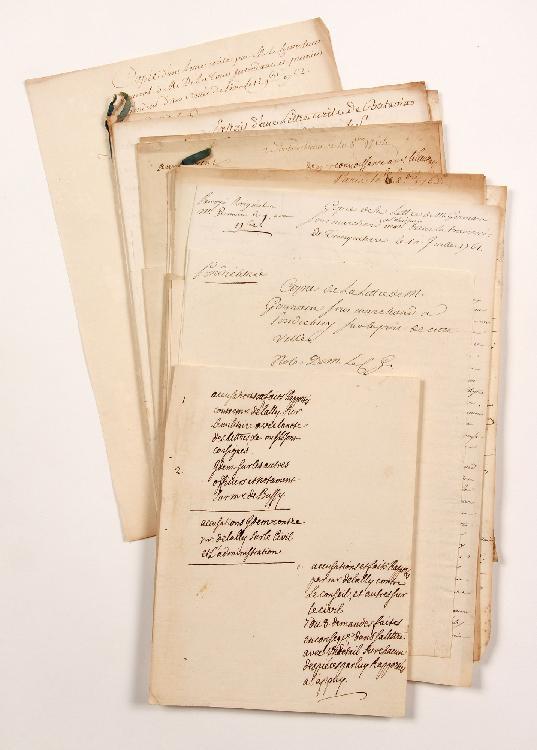 Henri-Léonard-Jean-Baptiste BERTIN (1720-1792) contrôleur général des Finances. 18 lettres ou pièces, dont 3 autographes ou en partie autographes, et 15 à lui adressées ou remises, 1761-1763 ; 57 pages formats divers.