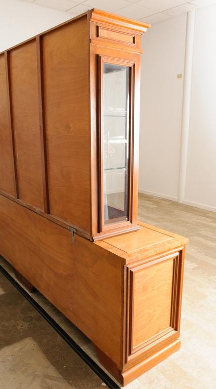 Custom display cabinet illuminated - Custom display cabinets ...