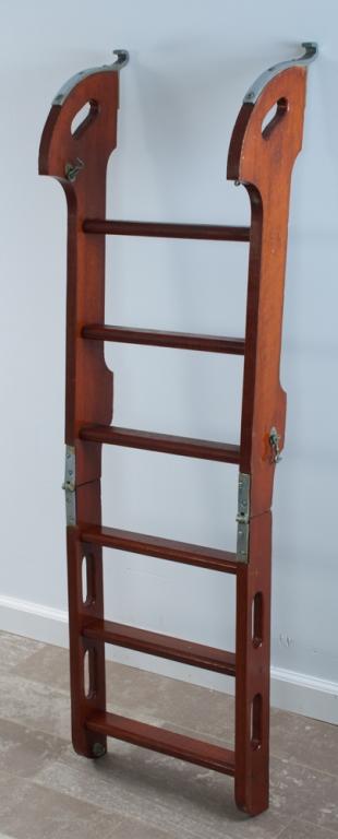 Chris Craft Folding Step Ladder