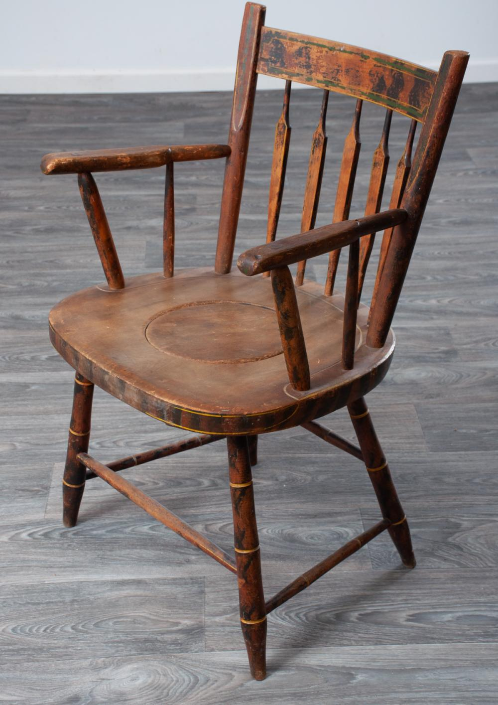 Windsor Arrow-Back Armed Commode Chair