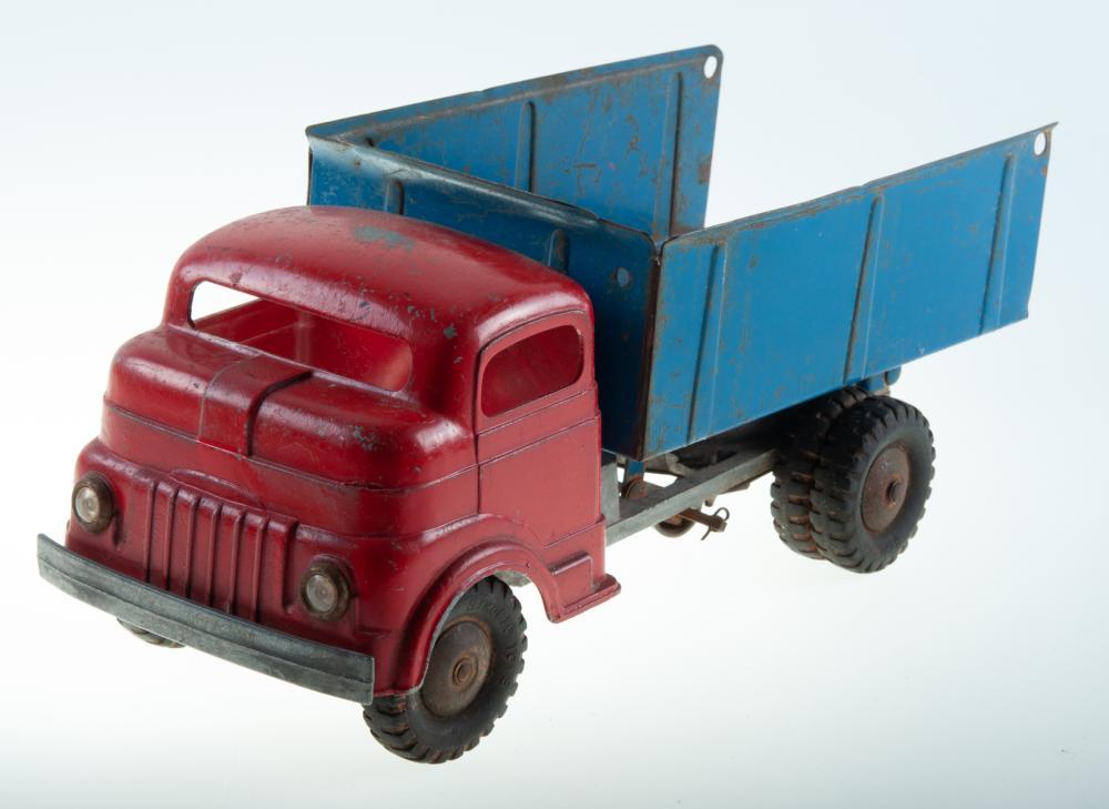 Vintage Structo Metal Dump Truck C-1502