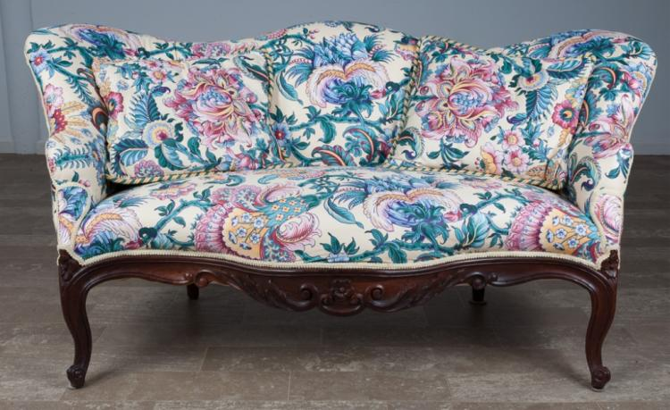 French Provincial Style Settee