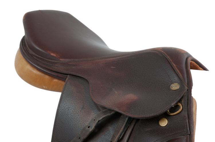 "Beval Princeton 17"" Saddle"
