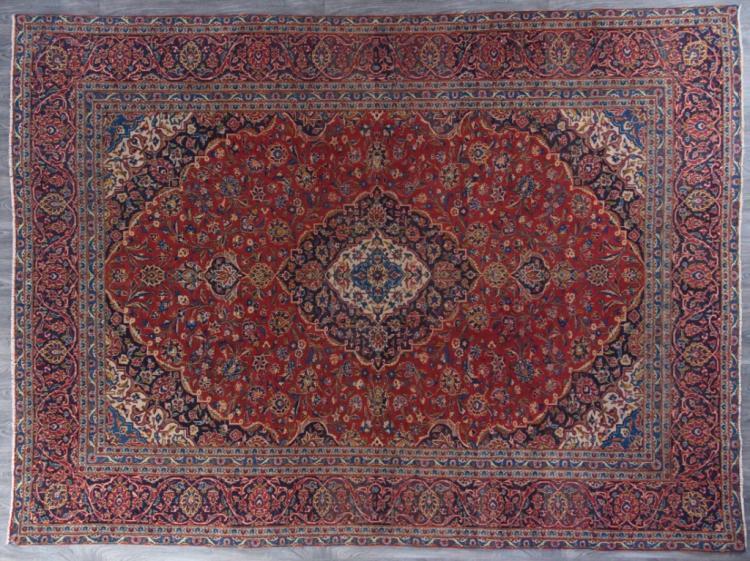 """Kashan 9'2"""" x 12'6""""  Room Size Rug"""