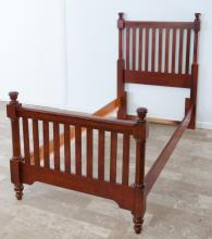 Vaughan-Bassett Twin Slat Poster Bed