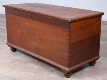 Lift Top Blanket Chest, Early 20th Century