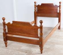 Thomasville Hardwood Twin Size Four Post Bed