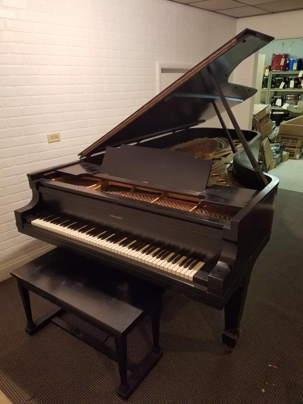 Lyon & Healy Concert Baby Grand Piano