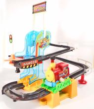VINTAGE CLIMBING STUNT LOCO BATTERY OPERATED TOY TRAIN