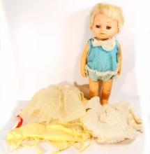 VINTAGE 1963 MATTEL TINY CHATTY BABY DOLL W/ ORIG. CASE