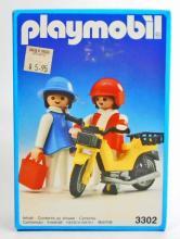 VINTAGE PLAYMOBIL TOY MOTOR BIKE AND COUPLE SET