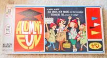 VINTAGE ALUMNI FUN BOARD GAME IN ORIG. BOX