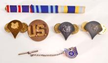 LOT OF 6 VINTAGE US MILITARY DI - DISTINCTIVE INSIGNIAS