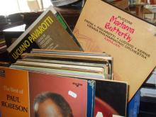 Collection of assorted vinyl LPs, classical etc