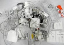 A large bag of assorted apple & apple style cables & cable supplies etc.