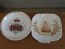1 Queen Victoria porcelain pin dish, 1 Royal Worcester pin dish