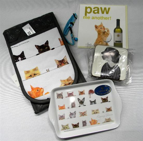 The pussy pack incl. coasters, card, oven mitt & tray