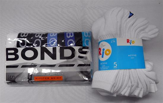 A bag of jocks & socks size M
