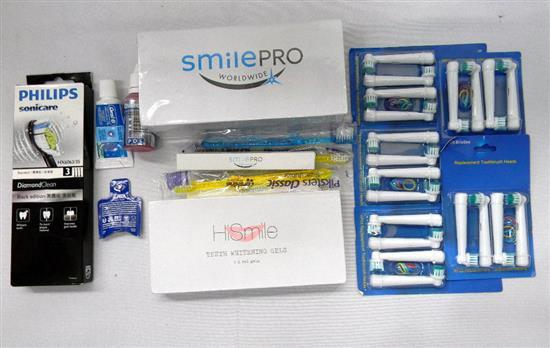 The oral hygiene kit incl teeth whitening gel