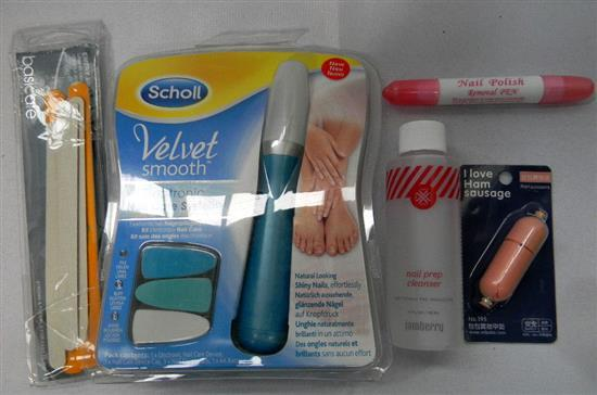 The nail care bag incl Scholl electronic nail care system