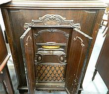 A Early 20th Century Victor Lowboy Radio
