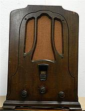 A RCA Victor Tombstone Radio