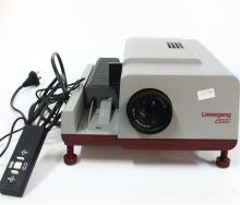 A Liesegang 2000 Slide Projector, Slide Case & Projection Screen
