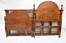 A 1930s Oak Single Bed, Base & Rails