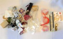 A bag of misc. costume jewellery, keyrings, watches etc.