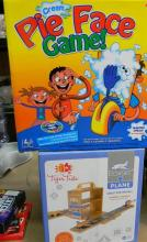 Pie in Face game & box-set playing travel toy