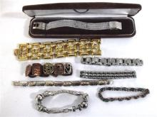 A Collection of Costume Jewellery Bracelets,