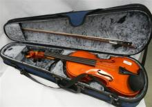 Ocean music violin model 0 MV-300 with travel case