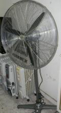 Dynabreeze Trade 750mm workshop pedestal fan FA-23105