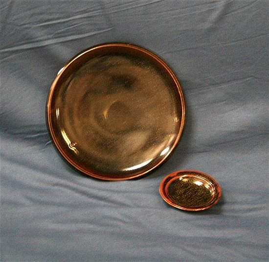 Les Blakebrough (b.1930) Plate and Dish (2)