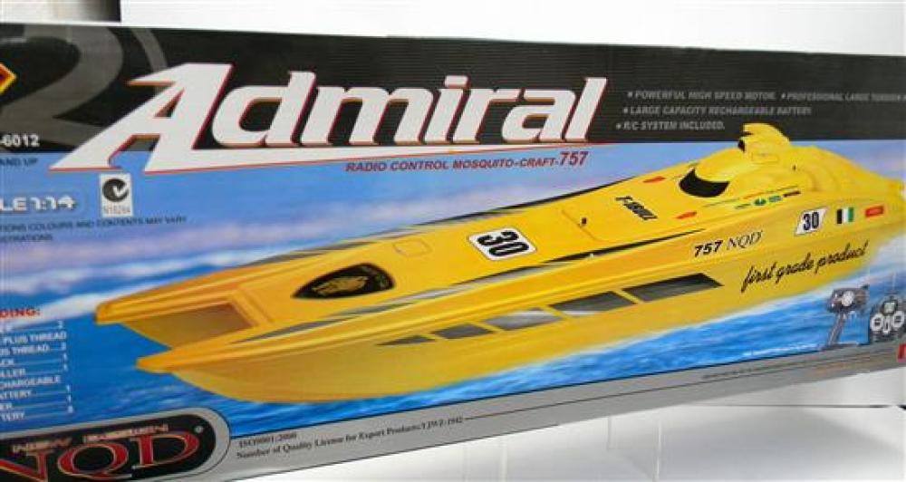 A NQD Admiral Remote Control Mosquito Craft 757 in Red [RRP $130] in Slightly Damaged Box