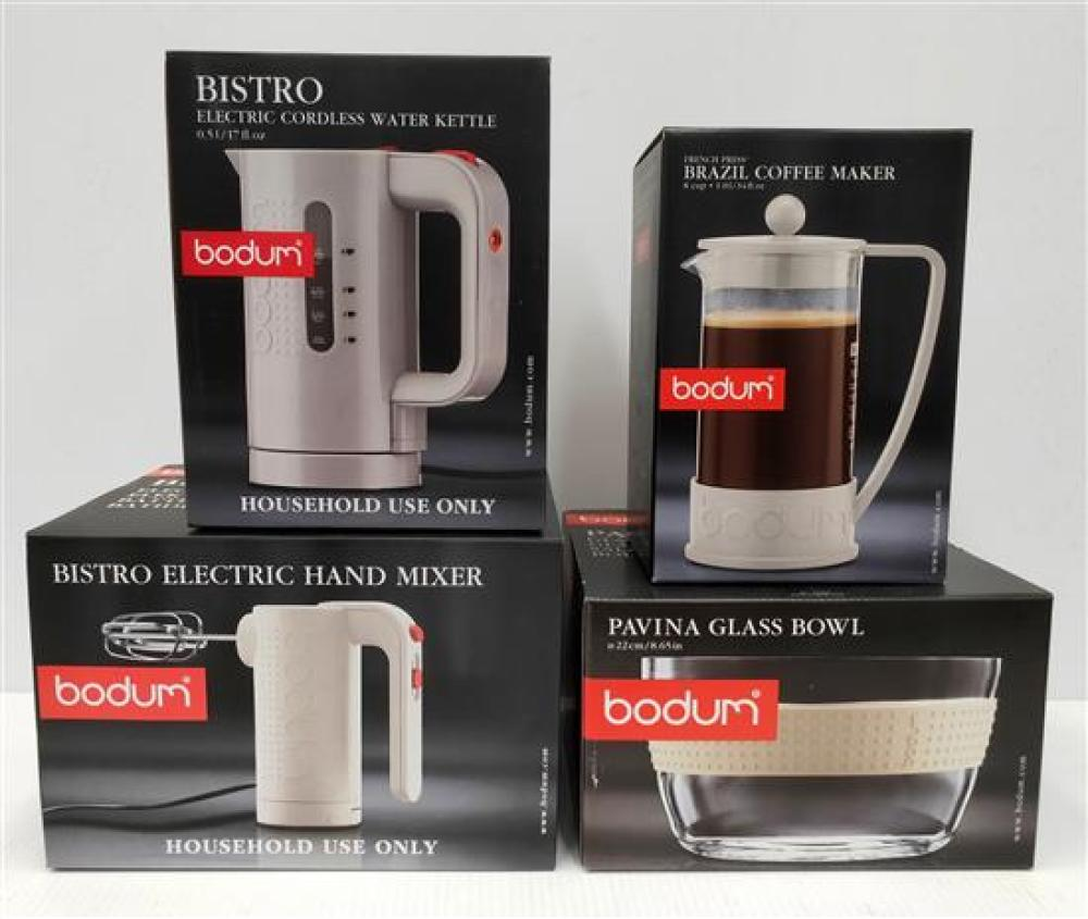 A Bodum Hand Mixer, Cordless Kettle (0.5L), Pavina Glass Bowl & Coffee Maker (8 Cup), All in White
