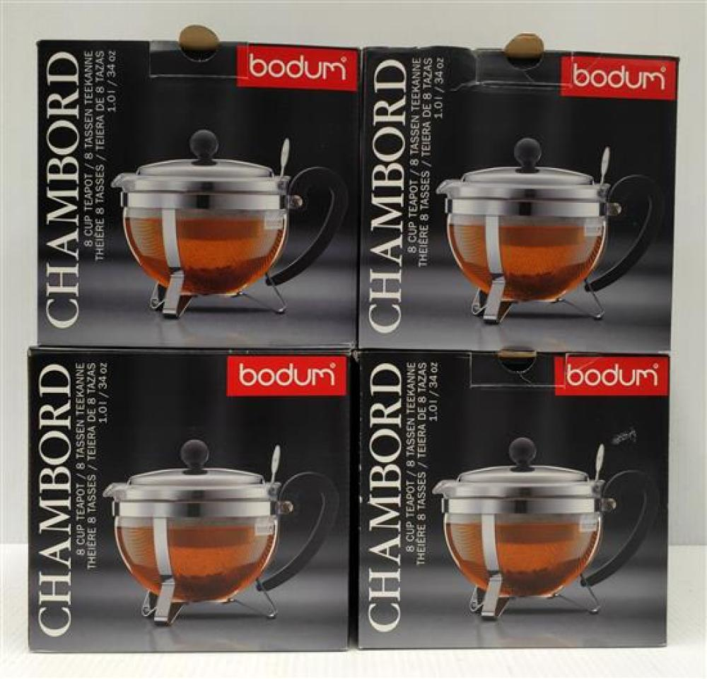 Four Chambord 8 Cup Tea Teapots, Two Red & Two Black