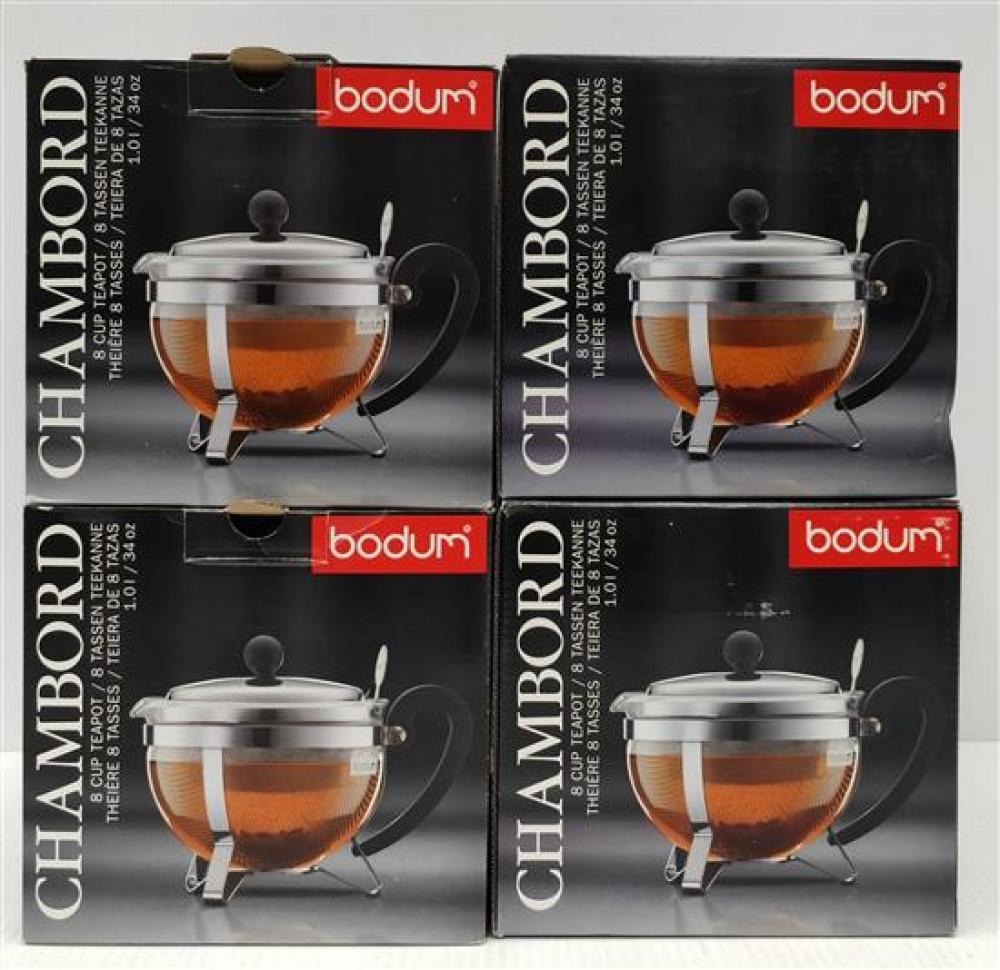 Four Chambord 8 Cup Tea Teapots, Two Silver & Two Black