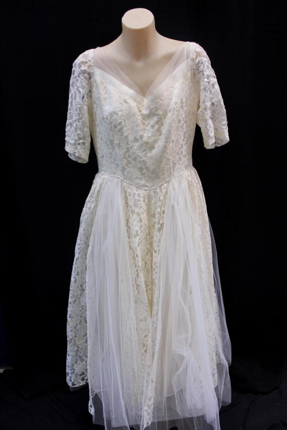 A 1950s Ivory Extra Large Lace & Accordion Pleat Tulle Tealength Wedding Dress,