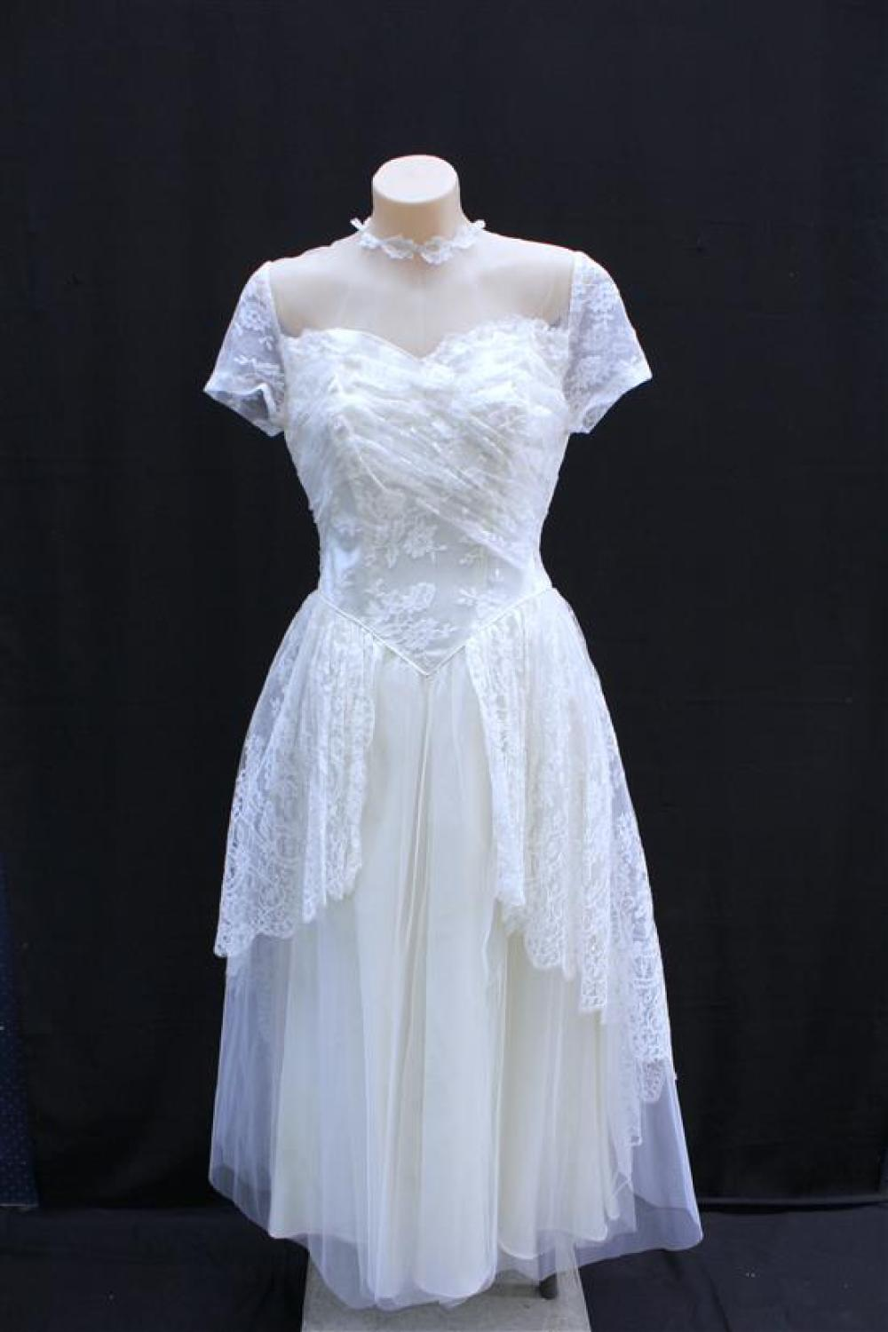A 1950s Ivory Slipper Satin, Tulle & Chantilly Lace Cahill/G Fox Department Store Tealength Wedding Dress,