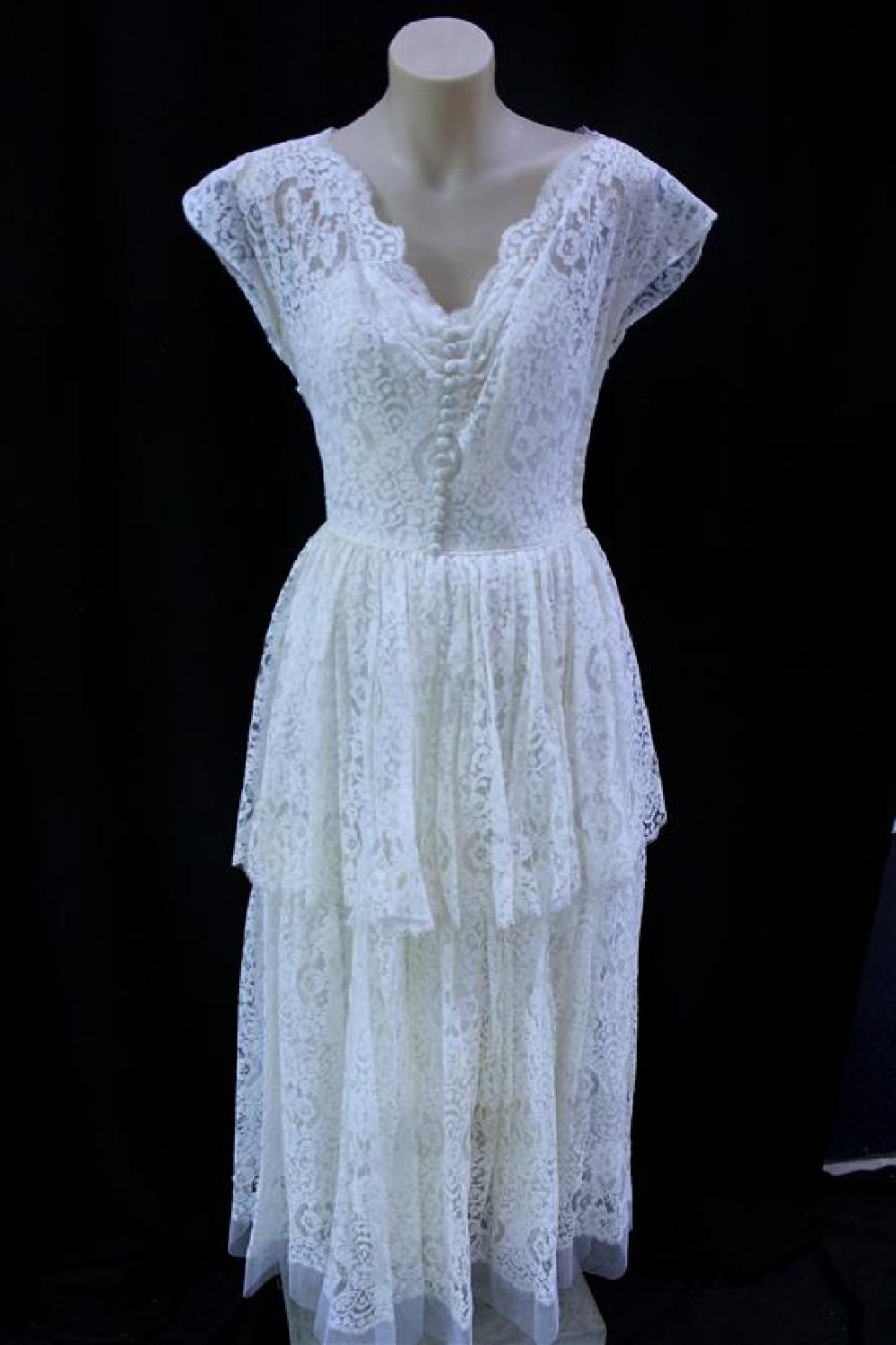 A 1950s Ivory Two Layer Lace I. Magnin Tealength Wedding Dress,