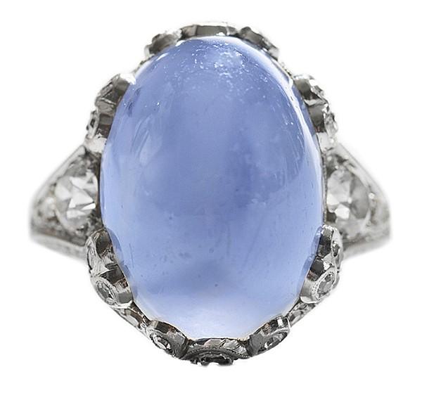 Vintage Platinum Blue Sapphire Ring
