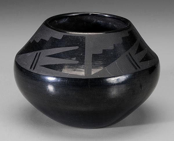 Maria Blackware Bowl