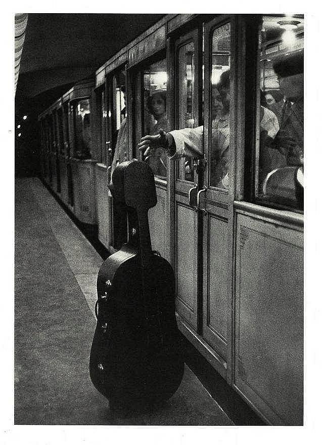 Photography doisneau r and baquet m ballade for Ballade pour violoncelle et chambre noire