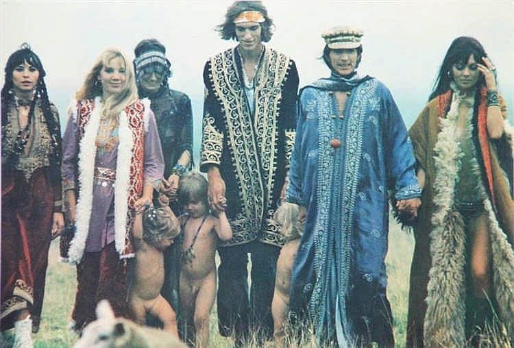 an understanding of the hippies