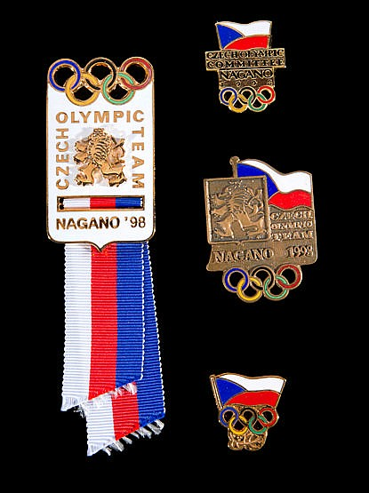 Nagano 1998 Winter Olympic Games official Czech Delegation badge set,