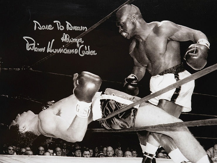 Photographs signed by the boxers Roberto Duran, Terry Downes and Rubin
