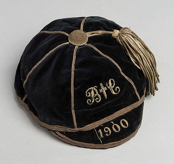 Bath Rugby Club cap 1900, crested and dated, unnamed