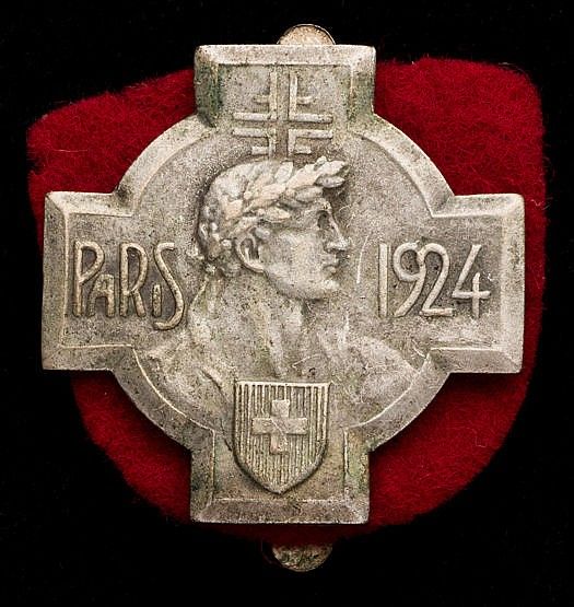 Swiss team badge for the Paris 1924 Olympic Games,  Swiss Cross design