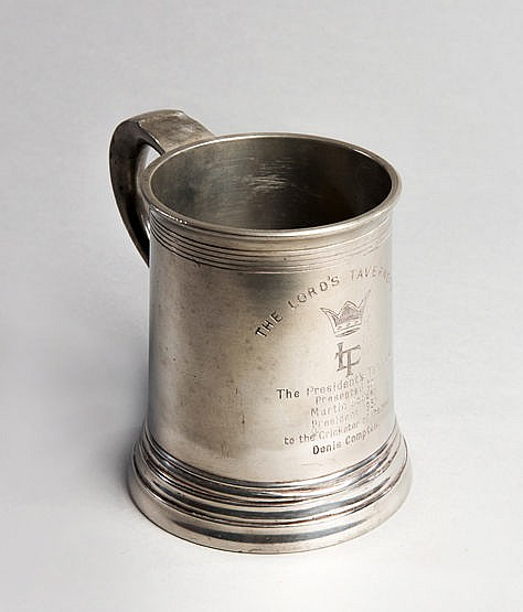 Denis Compton 1953 cricket presentation,  pewter pint tankard inscribe